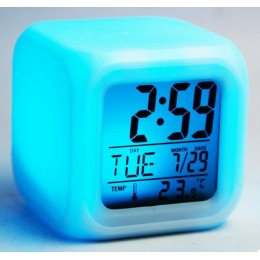 Часы настольные электронные Хамелеон с подсветкой
